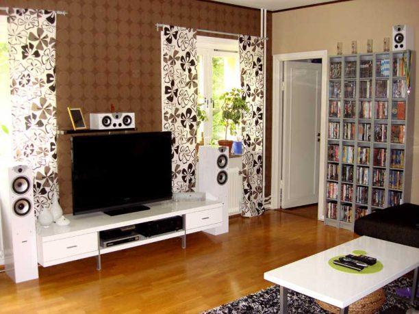 Minimalist White Amazing Living Room Tv Setup