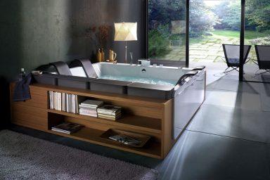 Reclining Tub by Italian Design Company BluBleu
