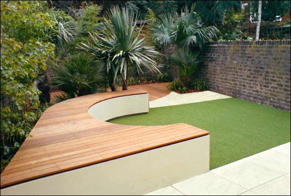 Cool Backyard Seating in Garden Brick Wall