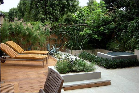 Modern Wooden Deck with Beautiful Garden with Twin Floor