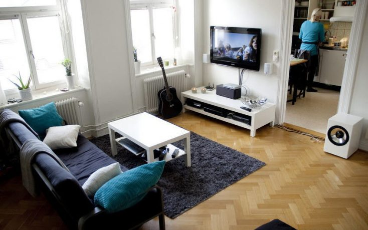 Techy and Standard living Room Style with LCD TV