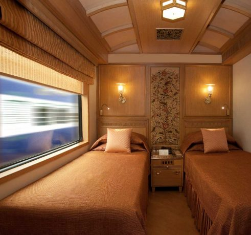 Luxury Double Bed Room Suite Design