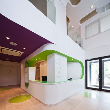 Fancy Reception Area with Green and White Color