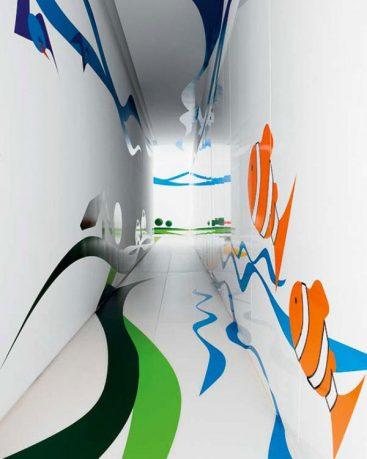 Unique Coridor House with Aquarium Wall Art Decor