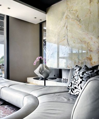 Luxury Livingroom with Marble Wall Decor