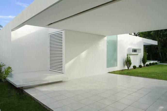 Tropical Cool White House Brazil