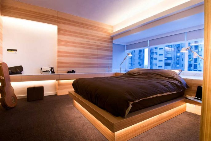 Beautiful Wood Bed with Looks Stacking Decor