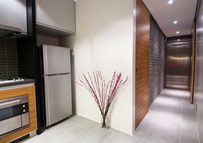 Modern Hallway with Back Wall Slate Tile Decor