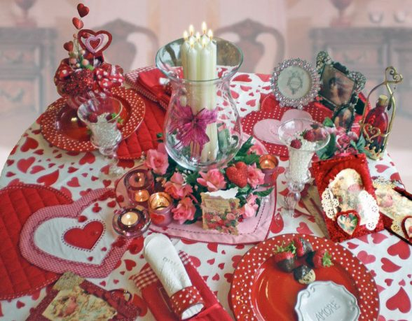 Romantic Table Decor Variants for the Best Valentines Day