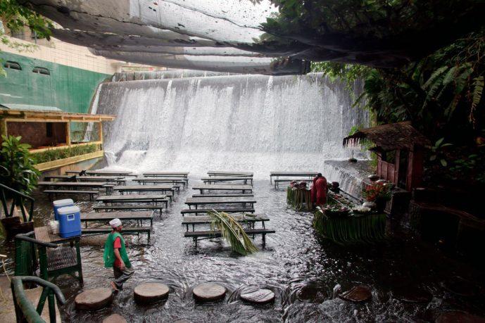 Unique Villa Escudero Restaurant in River Concept