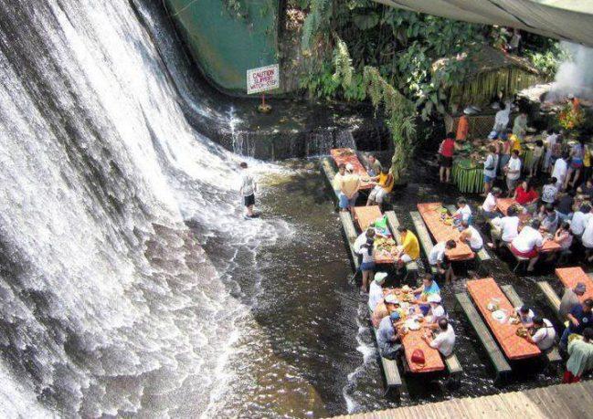 Unique Villa Escudero Waterfalls Restaurant