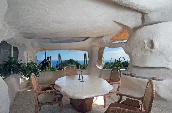 Interior Design of the Flintstone Cave House Ideas