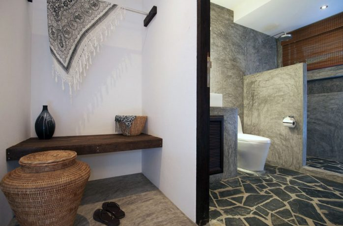 Rock Stone Tiles Floor on the Rustic Bathroom
