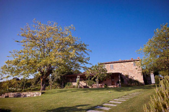 A Very Nice Garden Villa Italy
