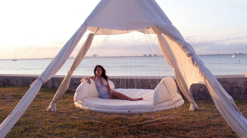 Outdoor Floating Bed Beach Design
