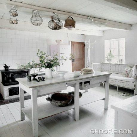 Bright Kitchen Design with Vintage Furniture