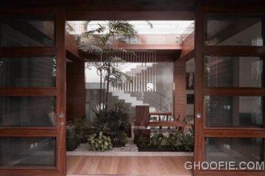 Modern Residence in New Delhi