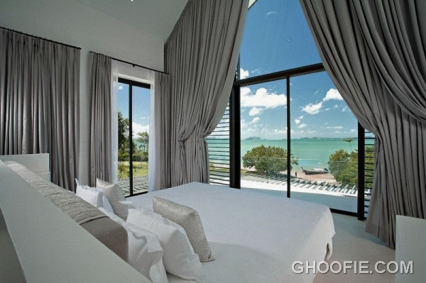Gorgeous Master Bedroom Design Ideas with Sea Views and Glamorous Curtains
