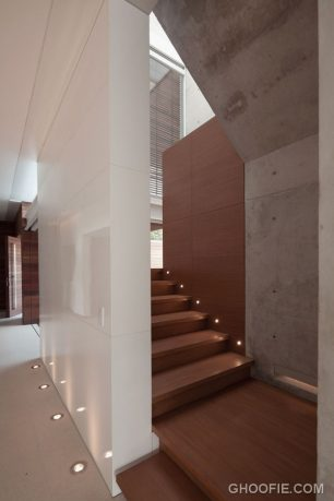 Modern Minimalist House Design with Wooden Staircase