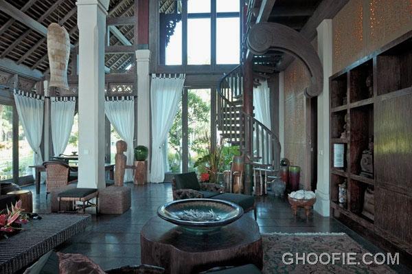 Ethnic Interior Villa Design Ideas with High Ceiling