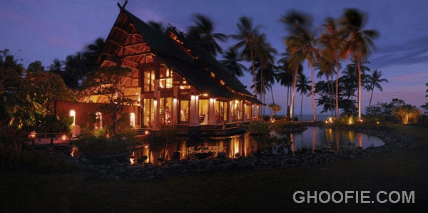 Exotic Jasri Beach Villas Design Ideas at Night