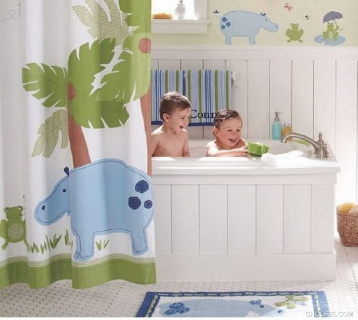 Cute Animal Decor Kids Bathroom