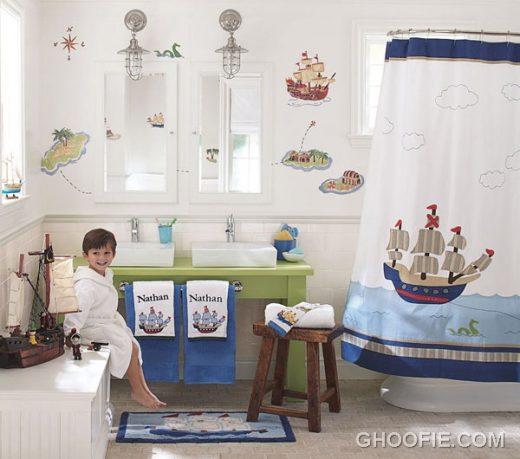 Kids Bathroom with Sailor Theme Decorating