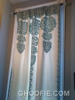 Add Color with Bathroom Curtains1