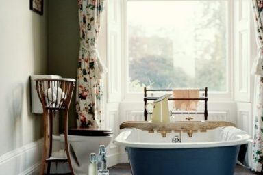 Add Color with Bathroom Curtains2