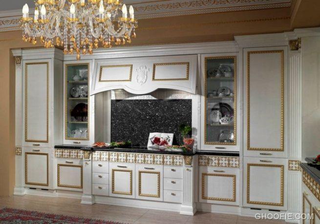 Classic Italian Kitchen Design Crystal Chandelier Dark Kitchen Backsplash