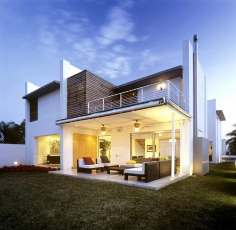 Fabulous White Exterior House Design Small Indoor Patio Ideas