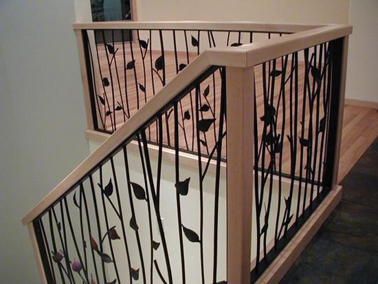 Leaf style railing stairway
