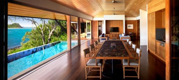 Dining room next to pool