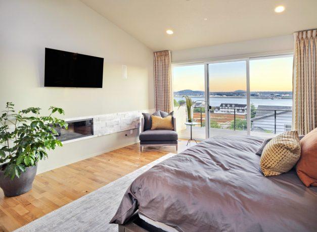 Beach house modern master bedroom