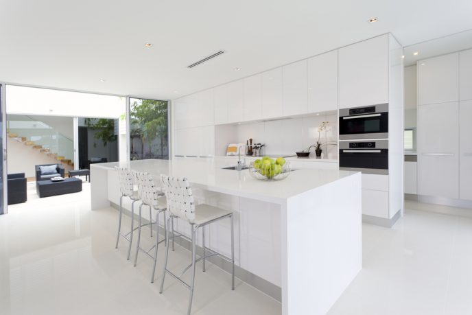 Simple white kitchen design