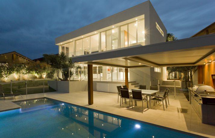 Amazing pool in Cali dream house