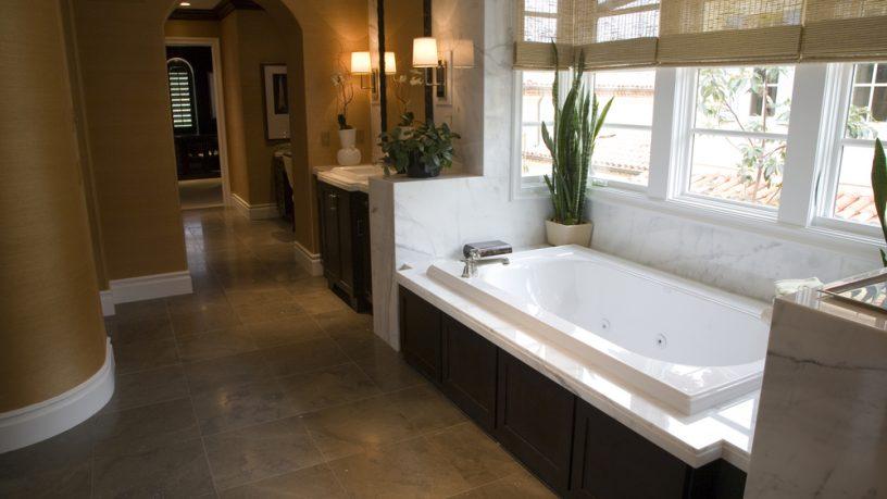 California dream home bathroom